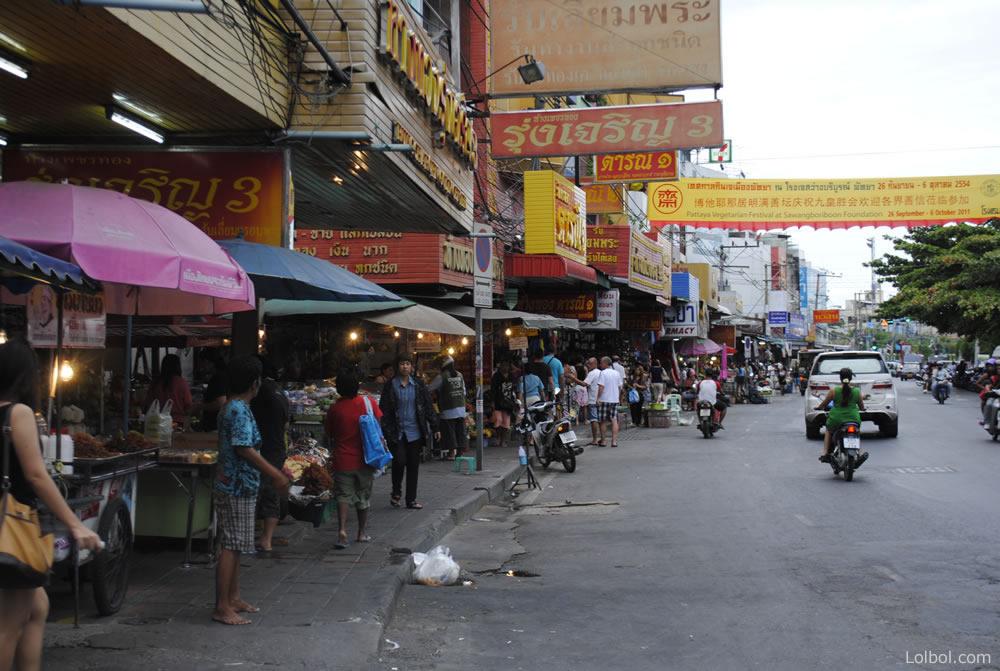 pattaya-street-life-03
