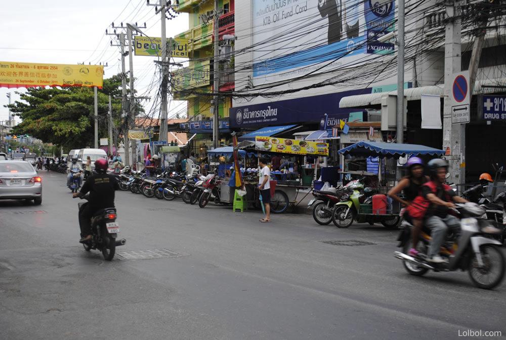 pattaya-street-life-04