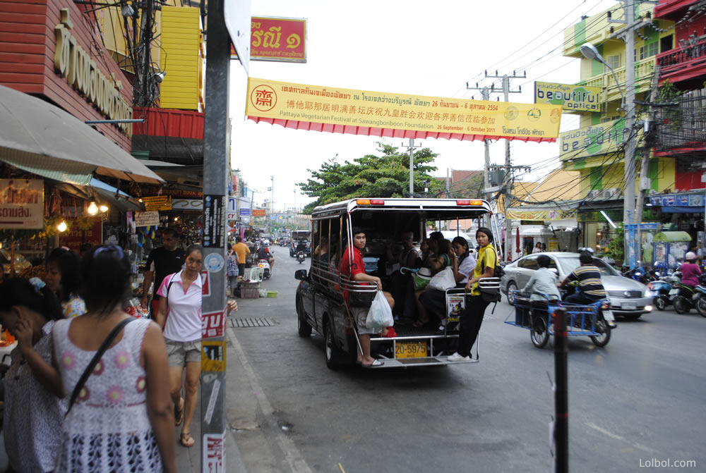 pattaya-street-life-07