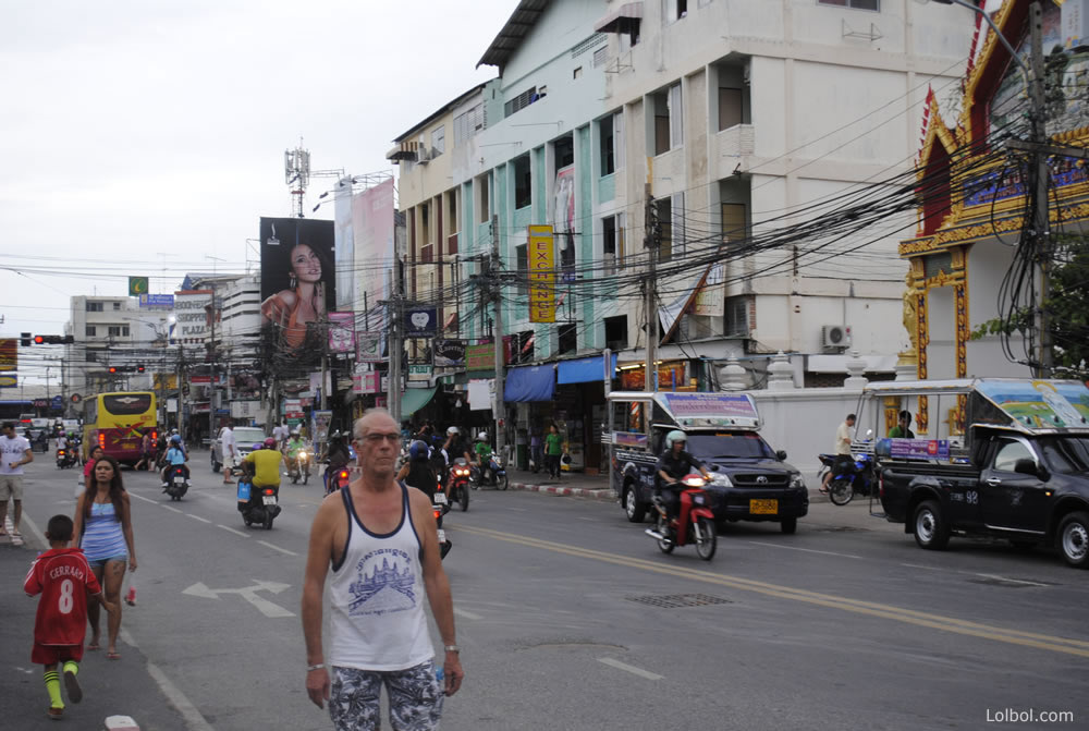 pattaya-street-life-13