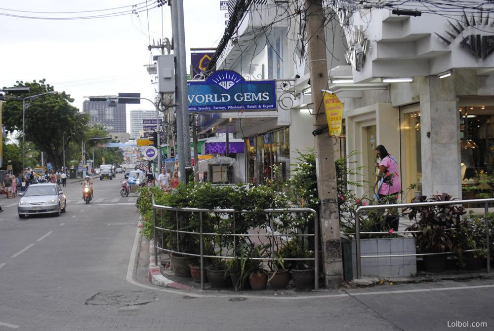 pattaya-street-life-14