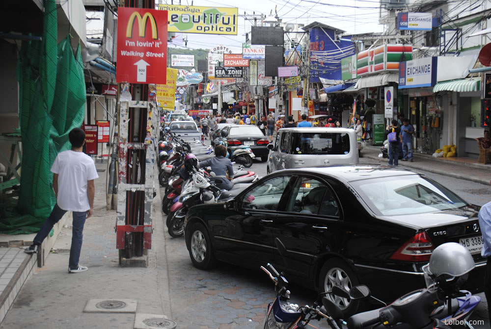 pattaya-street-life-16