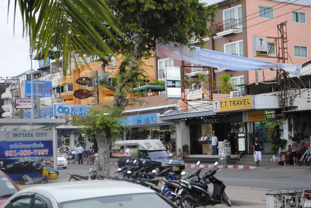 pattaya-street-life-20