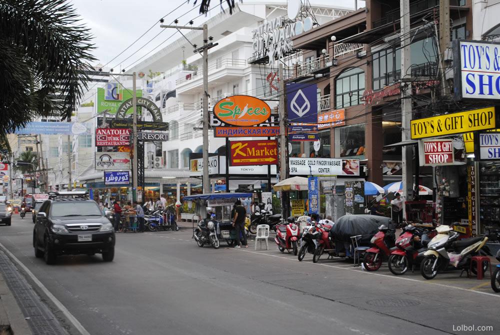 pattaya-street-life-26