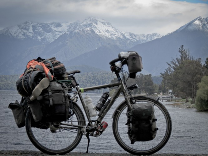 by bycicle around new zeland