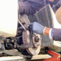 AFFORDABLE Mobile Breaks/ Rotators and Oil Change Service